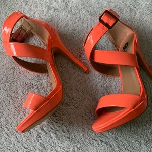 Michael Antonio Hot Peach heels